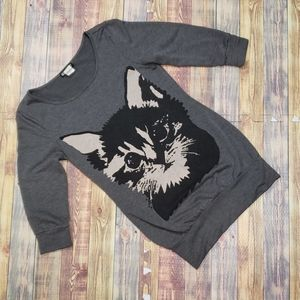 HOT TOPIC WOMENS CAT TOP SIZE SMALL